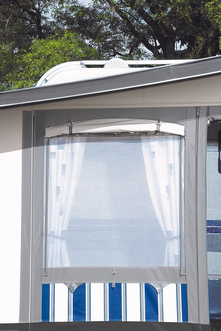 Vorderwandelement mit 3-fach-Klimafenster.