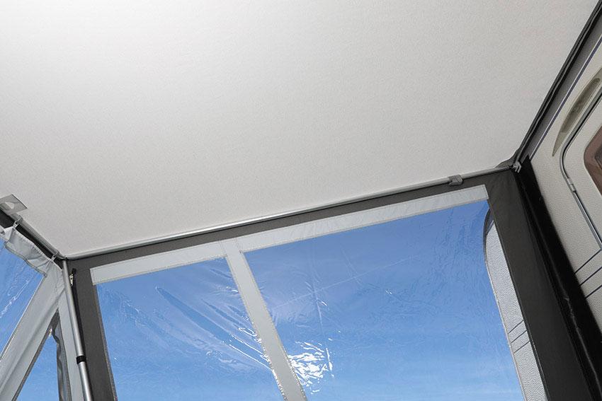 ... für eine weitere Stabilisierung können Dachstangen mit SHS-Adaptern eingesetzt werden.