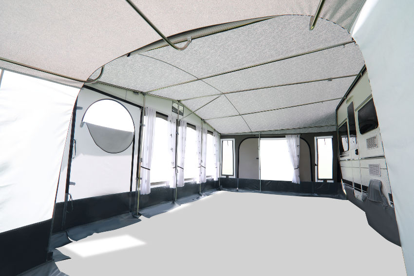 ... 3 Meter Bodentiefe bietet freie Gestaltungsmöglichkeiten. Exklusiver Wohnkomfort durch rundum großzügige Fensterflächen.